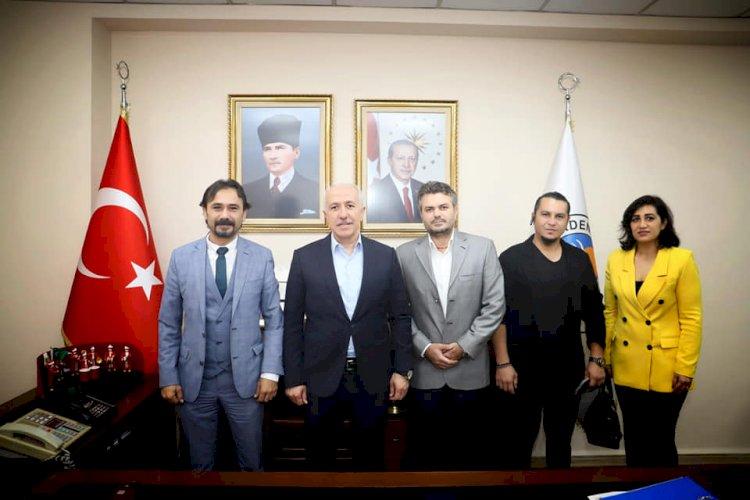 Mersader Dernek Yönetimi Akdeniz Belediye Başkanı Sayın Mustafa Gültak'a ziyarette bulundu.