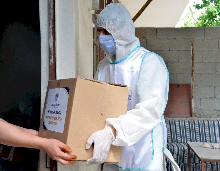 1 günde 1000 adet gıda kolisi dağıtıldı