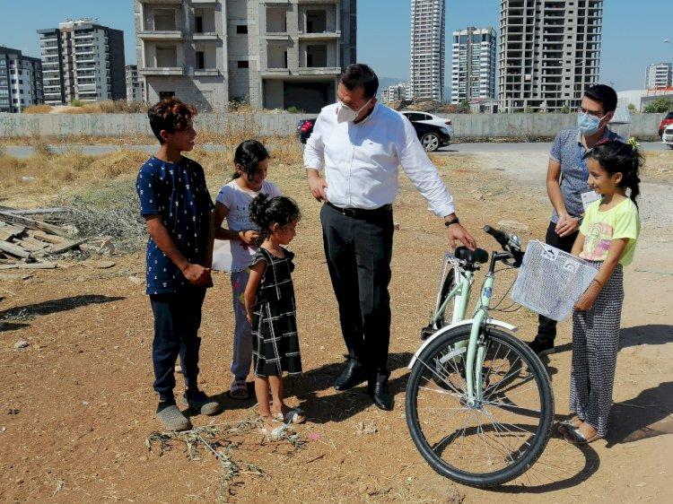 Başkan söz verdi Esmanur bisikletine kavuştu