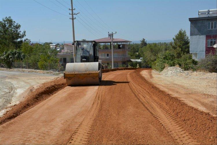 Gülnar Belediyesinden Gülnar TOKİ Konutları Yolunda Stabilize Yol Çalışması