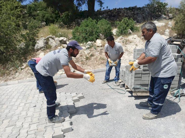 Gülnar Belediyesi Mahallelere Modern Yeni Yollar Kazandırmaya Devam Ediyor