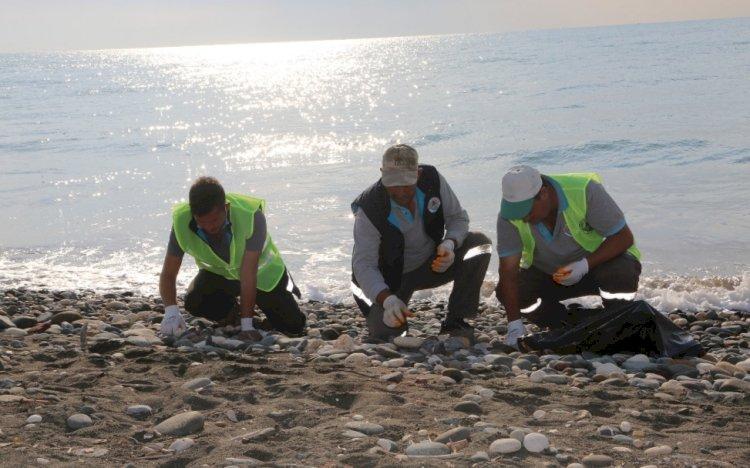 """""""Mersin Erdemli Sahilinde Petrol Sızıntısı Temizliği"""""""